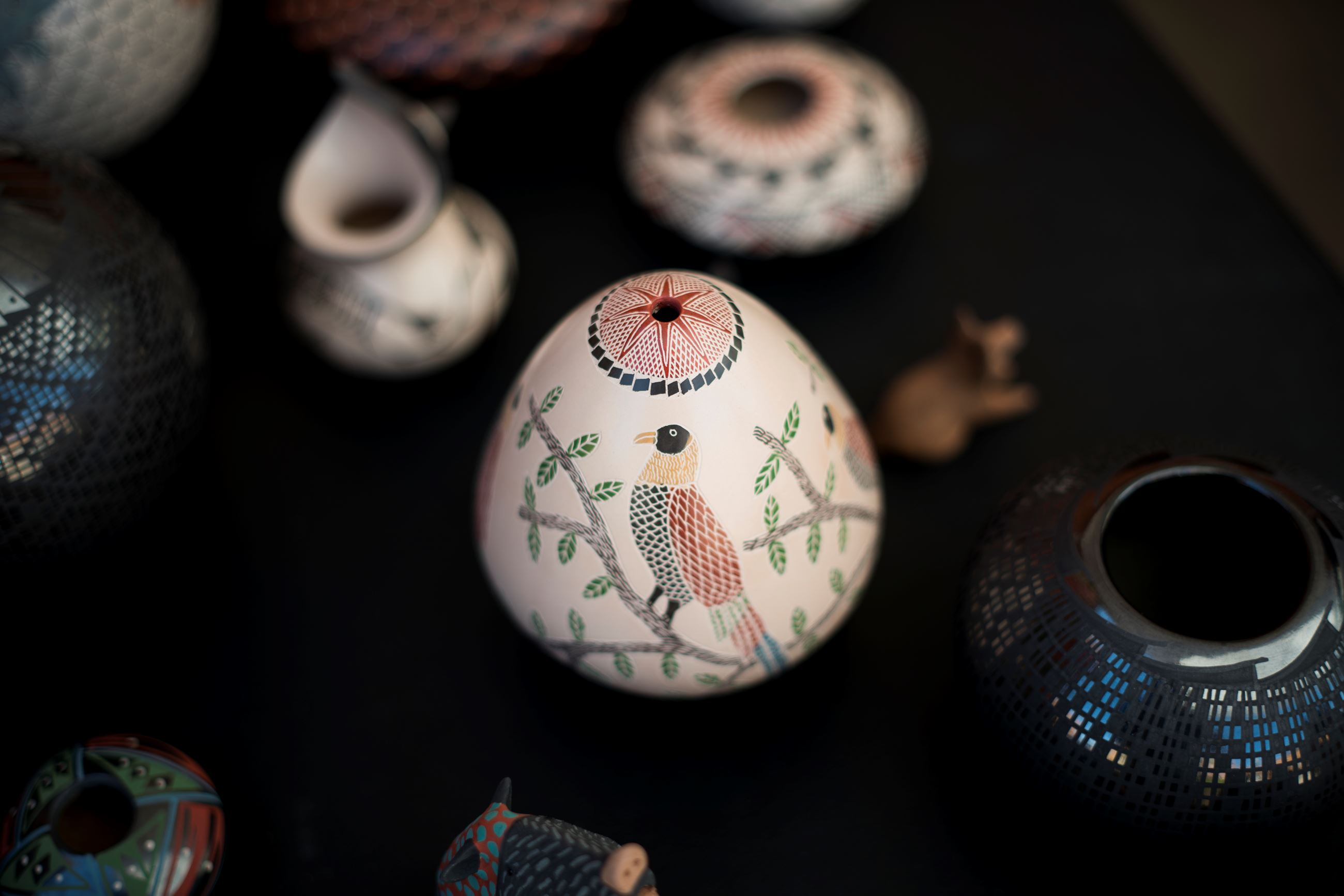 pottery with bird